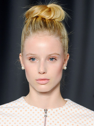 rby-nyfw-makeup-trends-christian-siriano-lgn