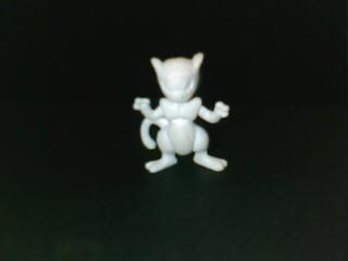 Mewtwo eraser (white)