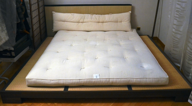 Японские кровати