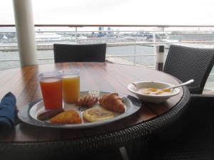 IMG_10130-CruiseFOOD.jpg