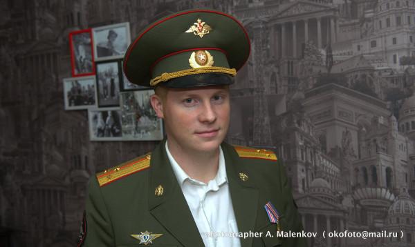 zhenshina-v-militseyskoy-forme-porno