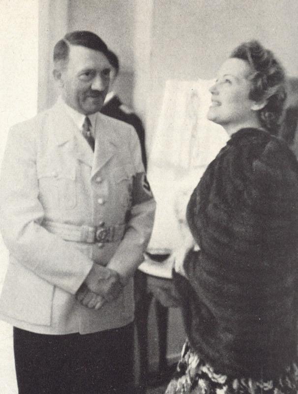 Hitler-17-px800