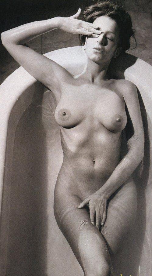 фото голых артистов российского кино и телевидения