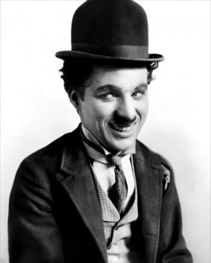 personagens-do-cinema-the-trampcharlot-L-yf6PV0