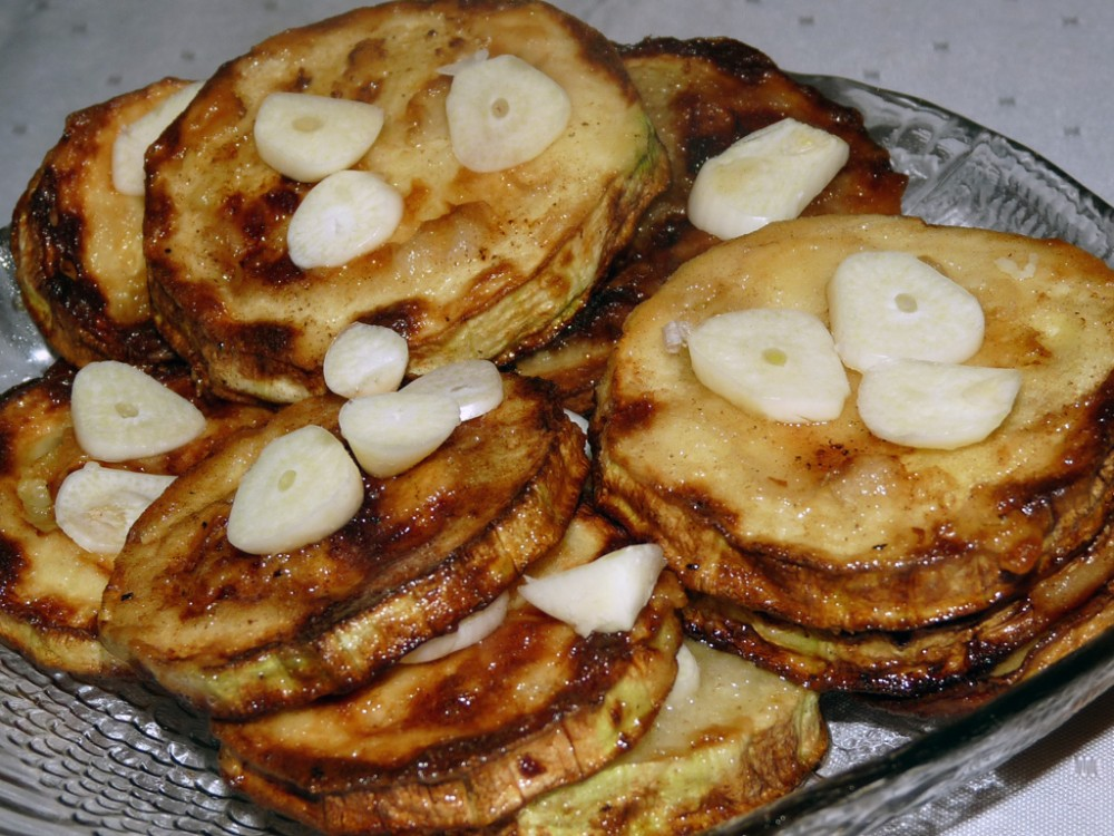 kabachki-s-chesnokom