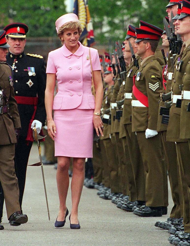 princess_diana_pink_suit