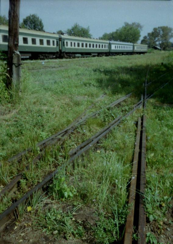 Пересечение путей 750 и 1520 мм, ст. Тумская, август 2004 г. (А. Белаш)s4