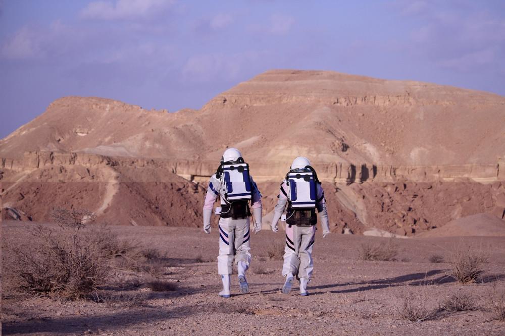 astronautsback