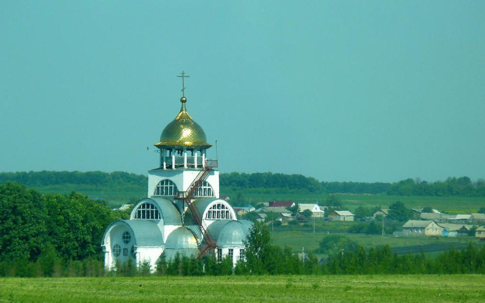 церковь в Семилее