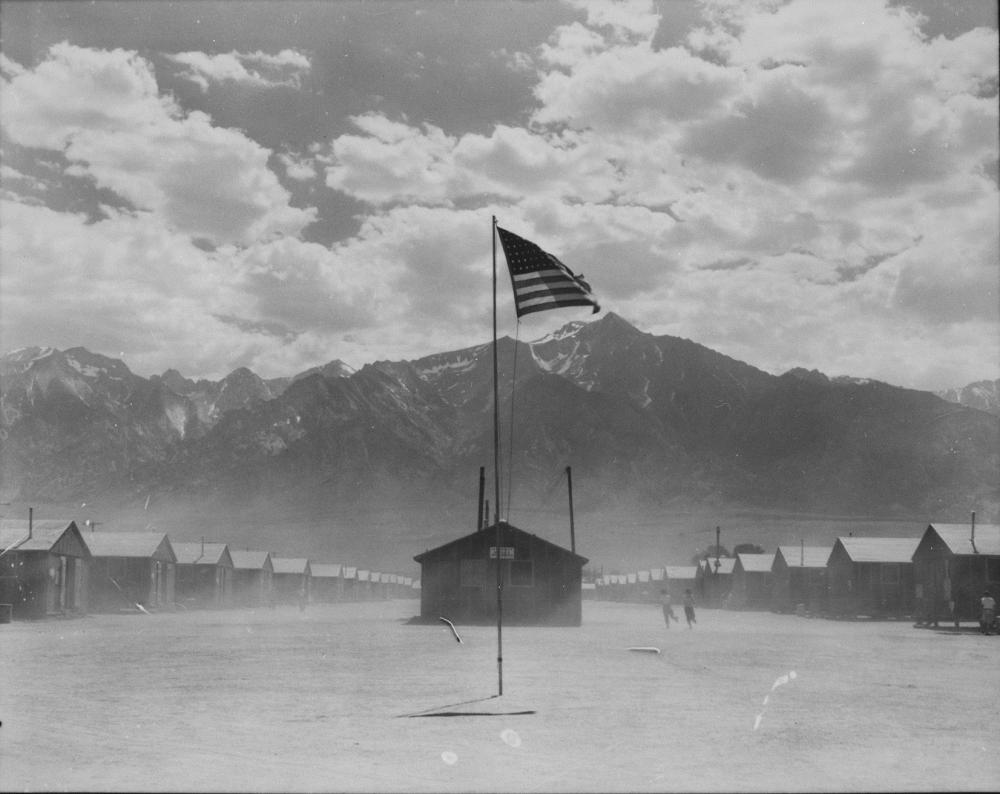 manznar-war-relocation-camp