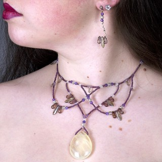 The Kaylene in violet natural with citrine center stone ((design ©Belenen))
