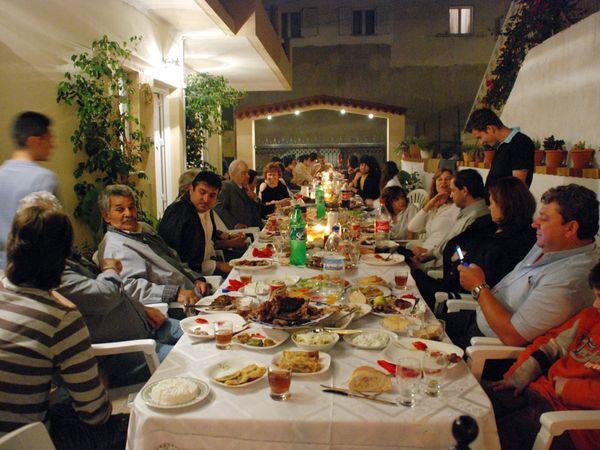 greek-family