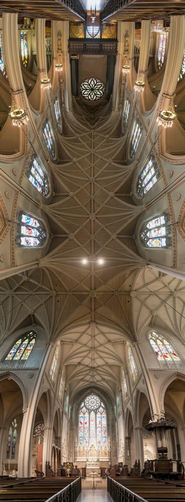 vertical-panoramas-of-church-ceilings-2