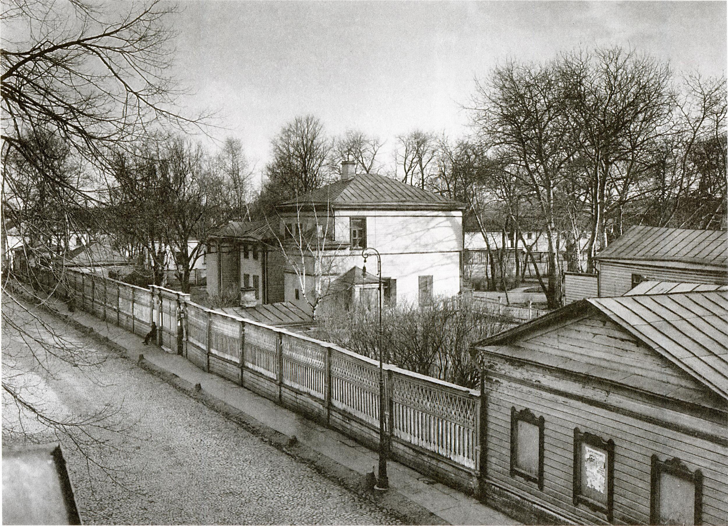 12887 Дом графа Л. Н. Толстого, приобретенный городом