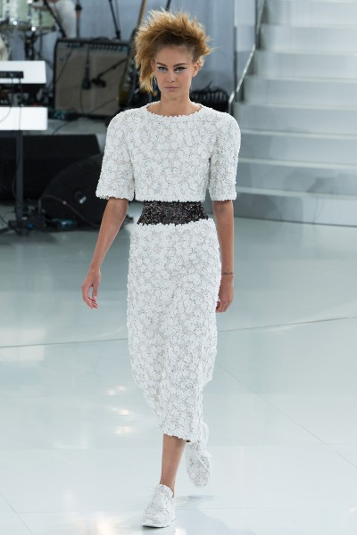 chanel-spring-2014-couture-runway-04_205655698964
