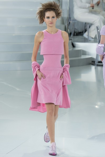 chanel-spring-2014-couture-runway-19_205707243154