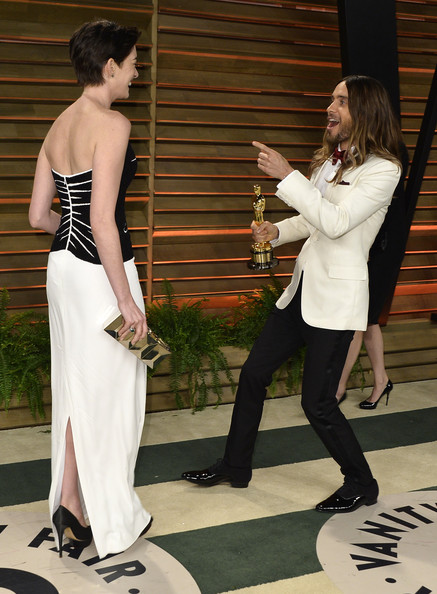 Anne Hathaway, Jared Leto3