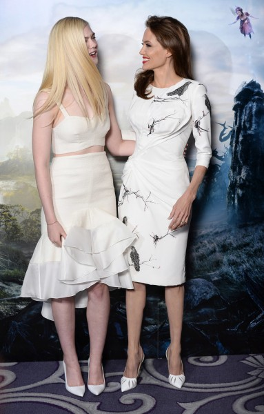 Angelina-Jolie-Maleficent-London-Photocall5