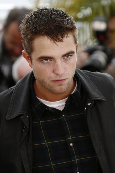 pattinson-cannes-20may14-11