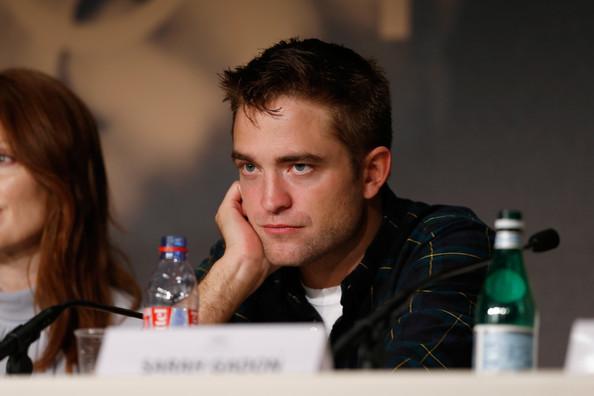 Robert Pattinson8