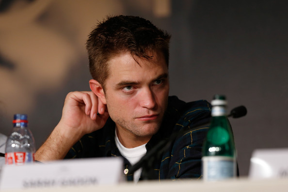 Robert Pattinson9