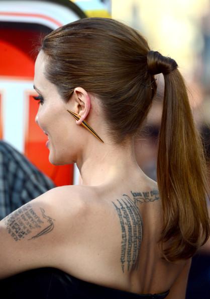 Angelina Jolie22