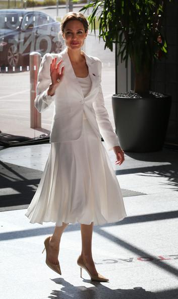 Angelina Jolie6