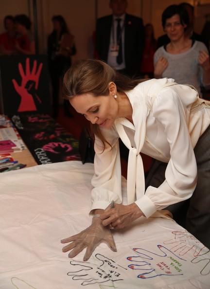 Angelina Jolie17