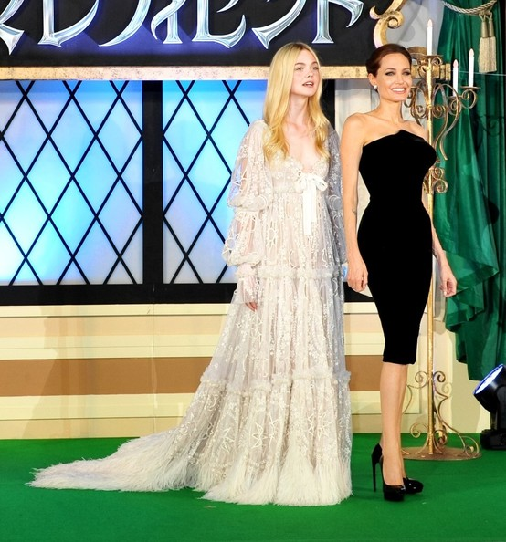 Angelina Jolie, Elle Fanning2