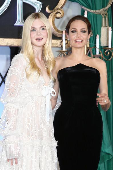 Angelina Jolie, Elle Fanning5