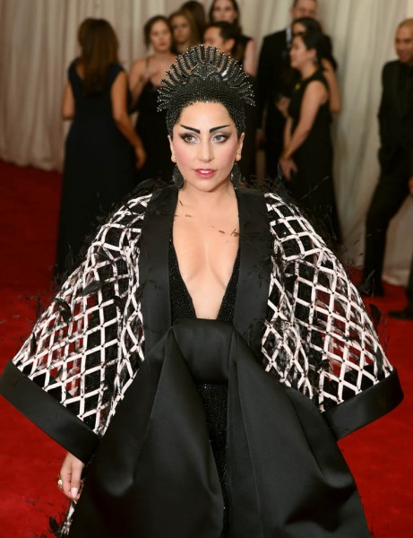 gaga-wang-met-05may15-01.jpg