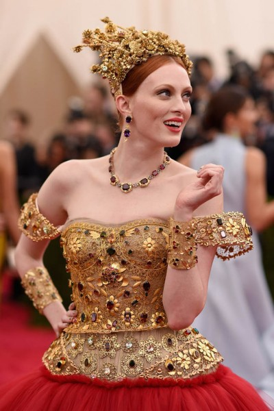 karen-elson-met-05may15-04.jpg
