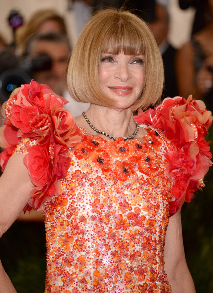 anna-wintour-met-05may15-07.jpg