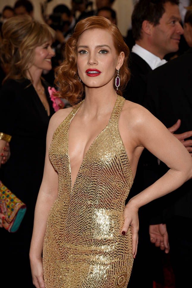 jessica-chastain-met-05may15-01.jpg