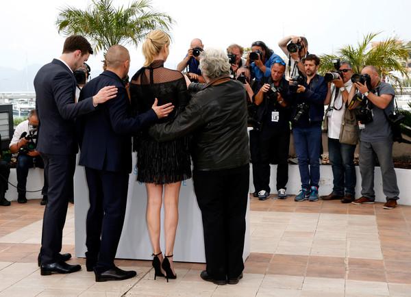 Charlize Theron, George Miller, Nicholas Hoult, Tom Hardy3.jpg