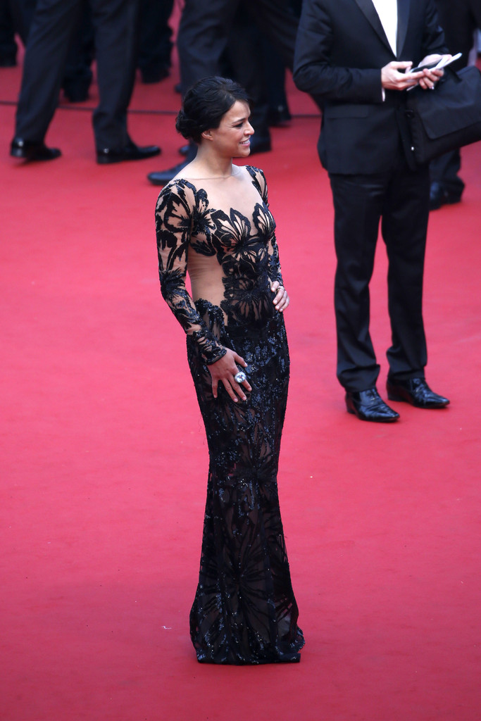 Michelle-Rodriguez-Mad-Max-Cannes131.jpg