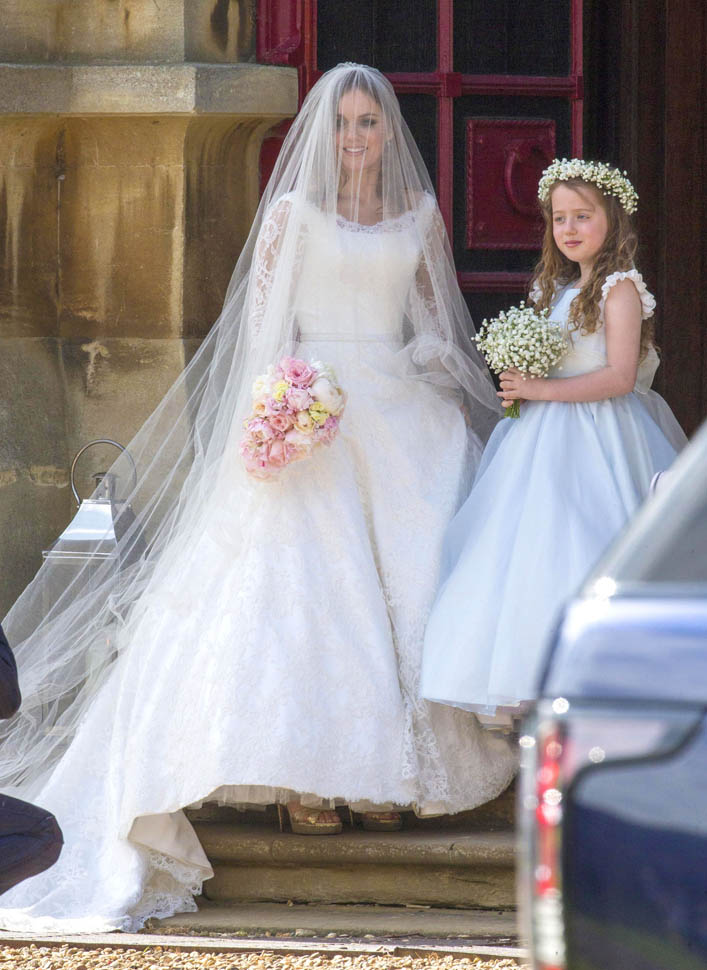 geri-halliwel-wedding-15may15-03.jpg