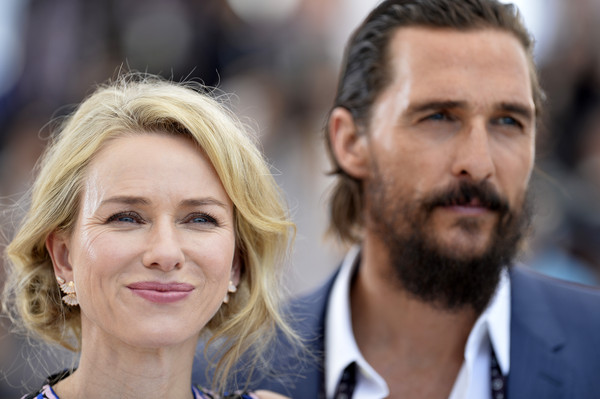 Matthew McConaughey, Naomi Watts2.jpg