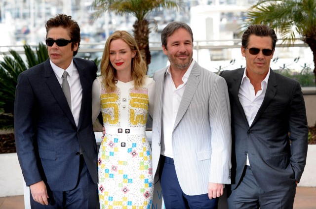 emily-blunt-cannes-19may15-02.jpg