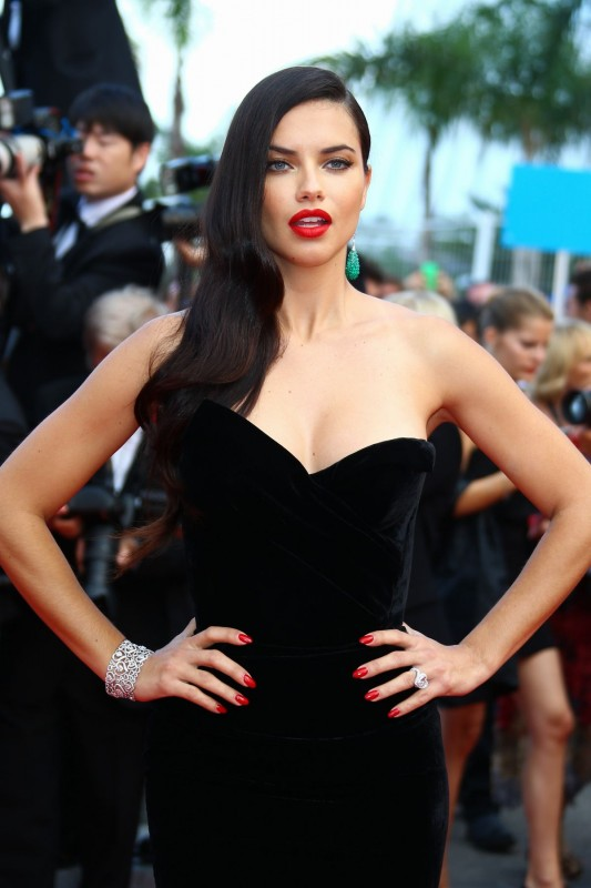 http-starity.hu-forum-topik-478389-adriana-lima-the-68th-cannes-film-festival-sicario-premiere-may-19-2015-_3.jpg
