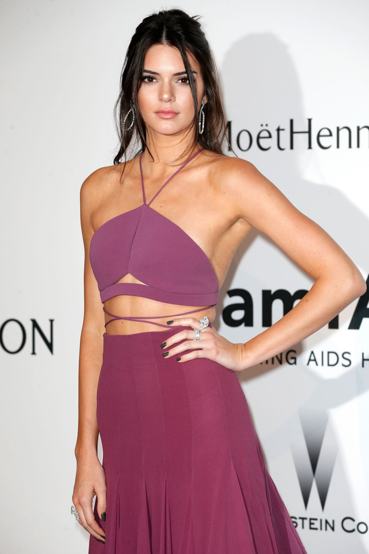 http-starity.hu-forum-topik-478699-kendall-jenner-amfars-22nd-cinema-against-aids-gala-presented-by-bold-films-and-harry-winston-at-hotel-du-cap-eden…