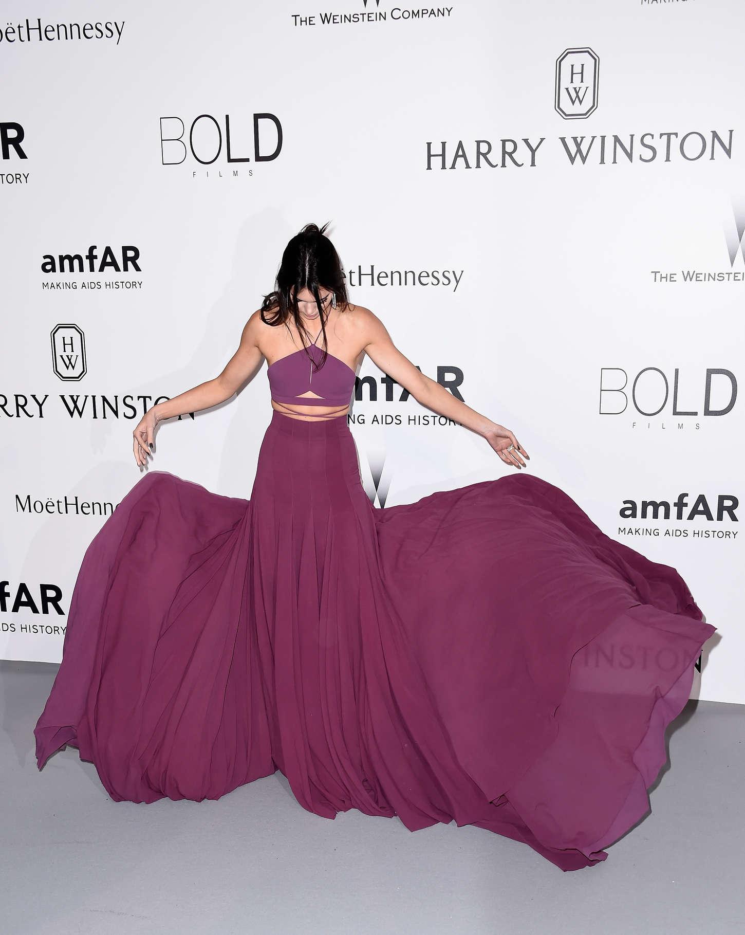 Kendall-Jenner--amfAR-2015--06.jpg