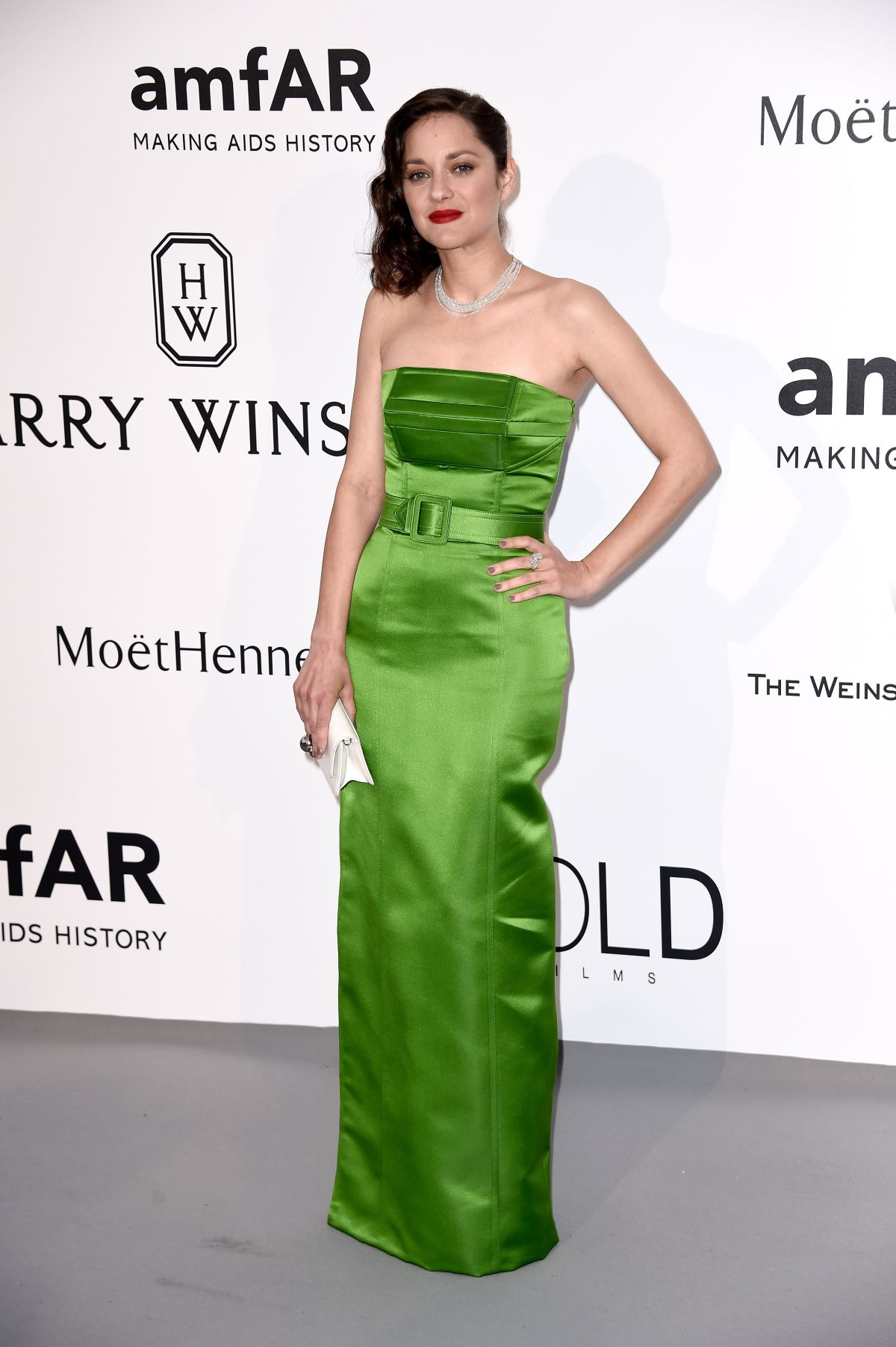 marion-cotillard-at-amfar-s-2015-cinema-against-aids-gala-in-cap-d-antibes_4.jpg