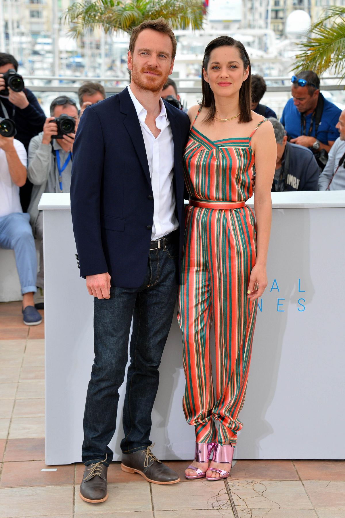 marion-cotillard-at-macneth-photocall-at-cannes-film-festival_4.jpg