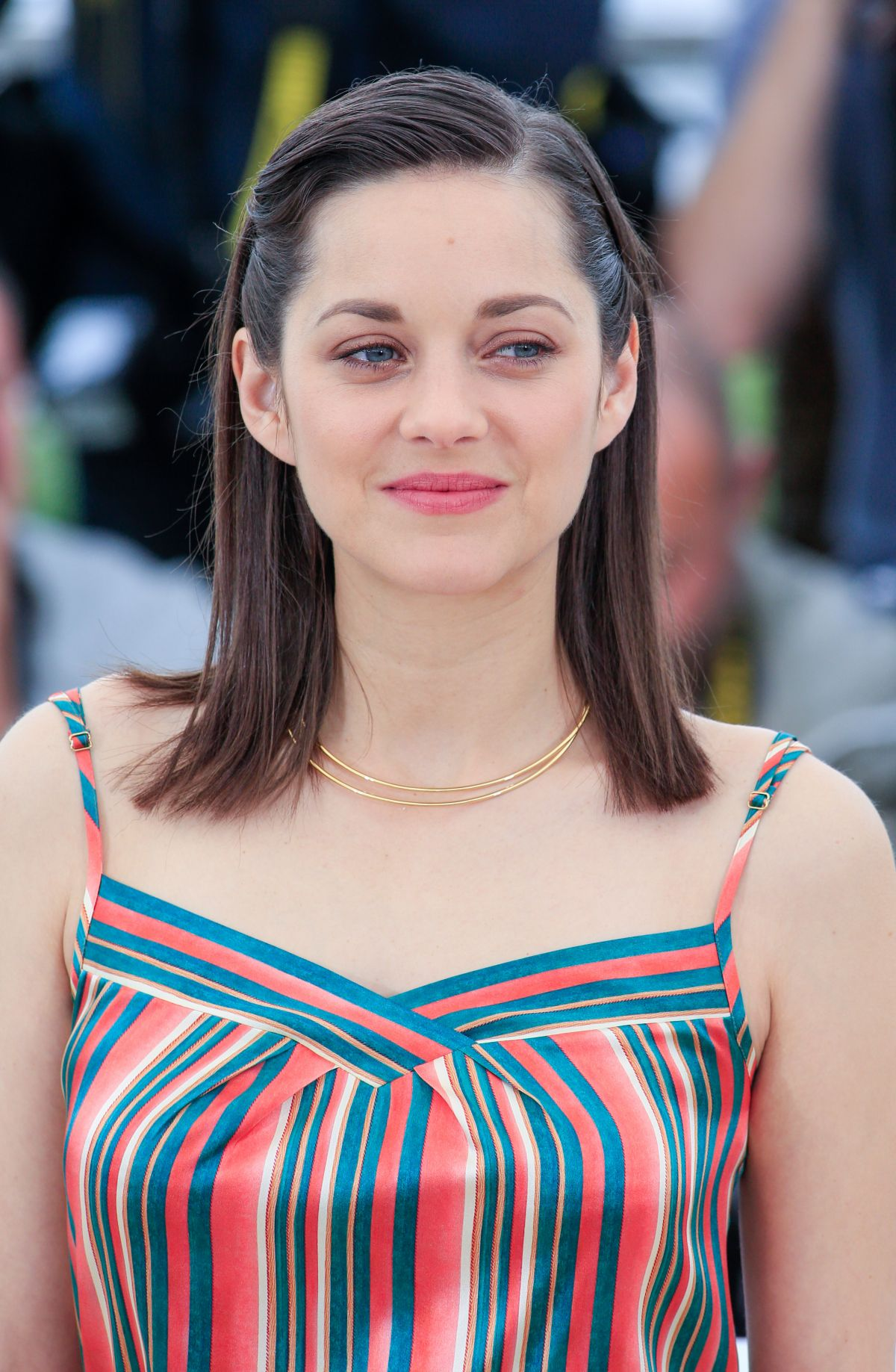 marion-cotillard-at-macneth-photocall-at-cannes-film-festival_24.jpg