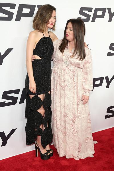 Rose Byrne, Melissa McCarthy2.jpg