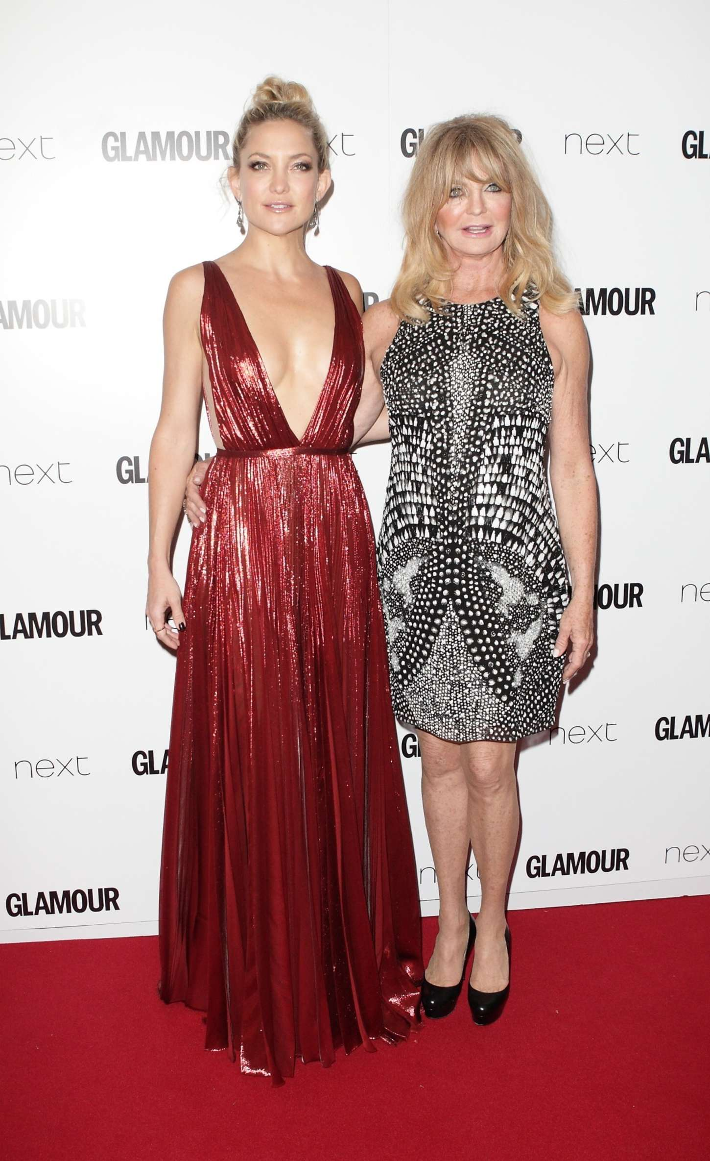 Kate-Hudson--Glamour-Women-Of-The-Year-Awards-2015--08.jpg