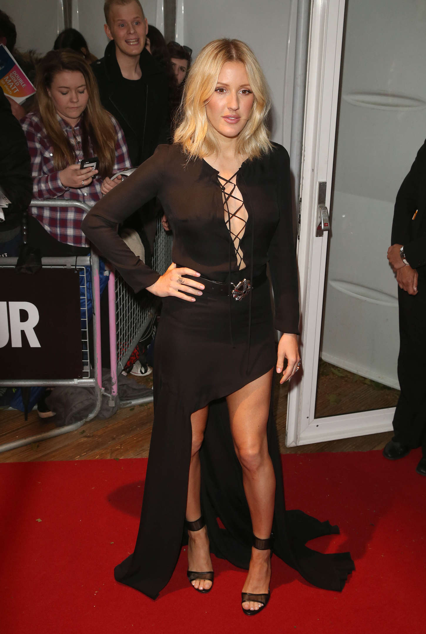 Ellie-Goulding--Glamour-Women-Of-The-Year-Awards-2015--01.jpg