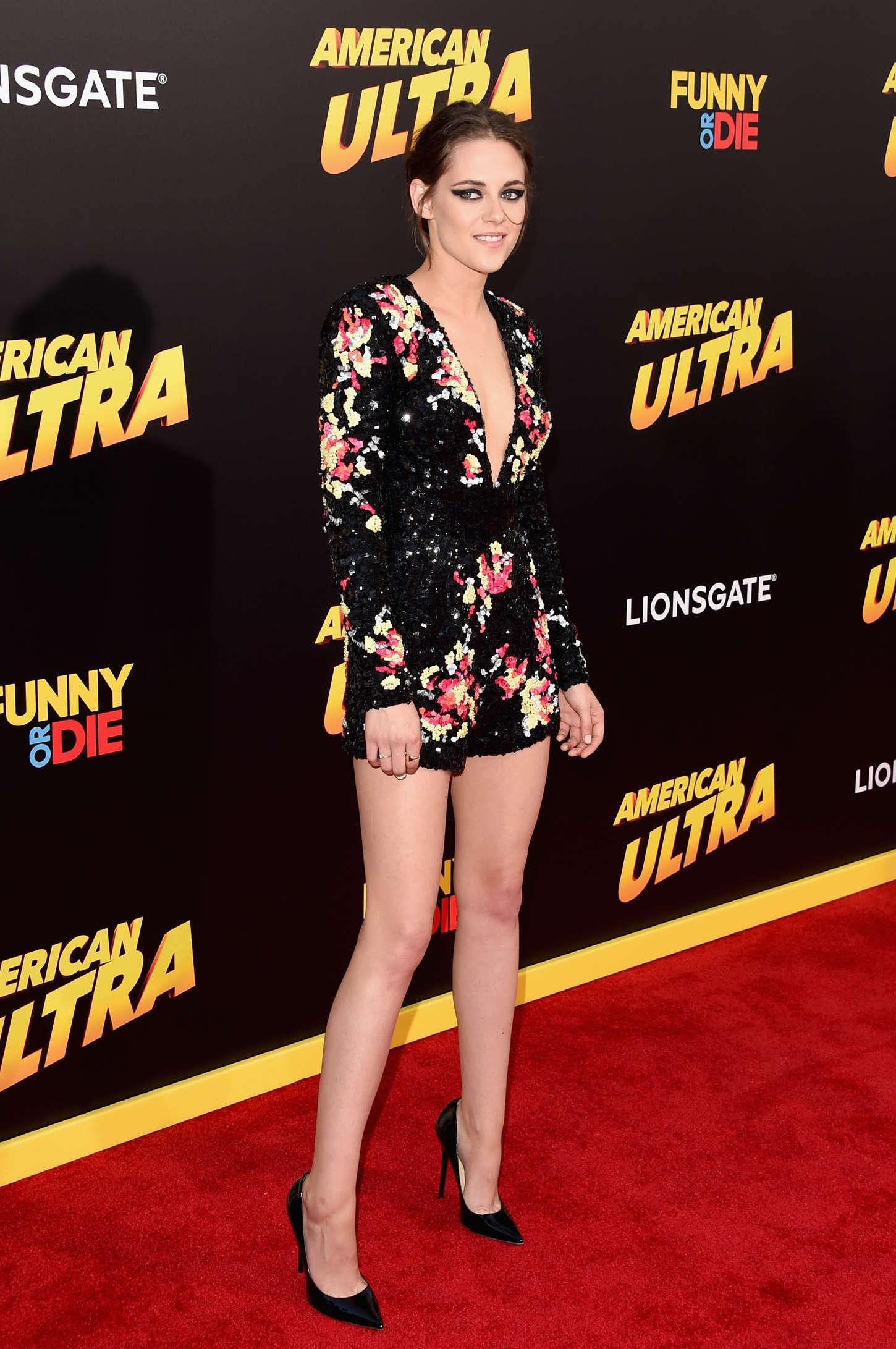 Kristen-Stewart -American-Ultra-LA-Premiere--03.jpg