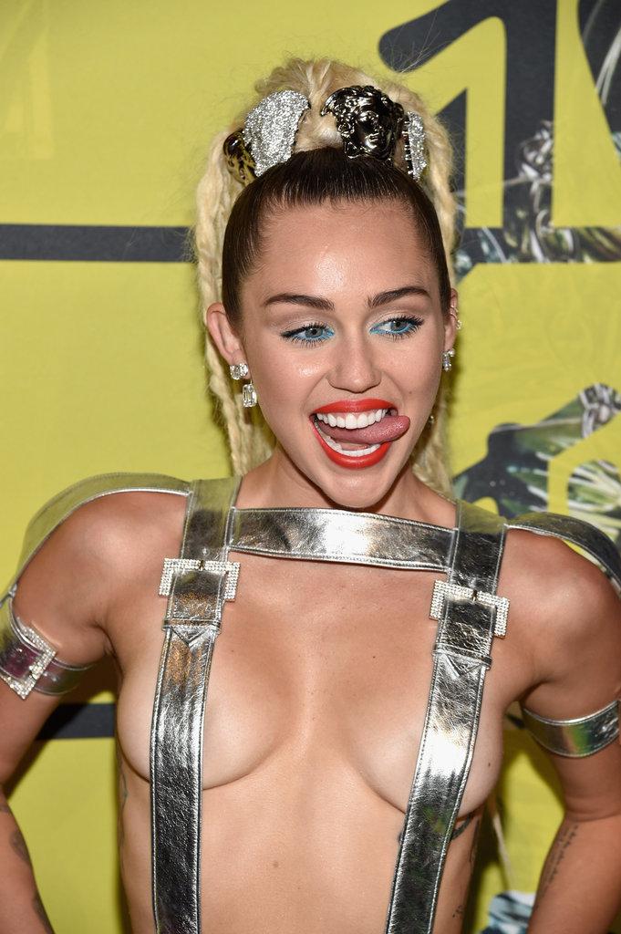 Miley-Cyrus-MTV-VMAs-2015-Pictures3.jpg